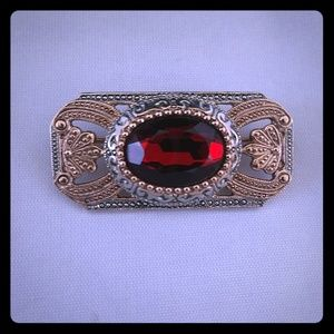 Jewelry - Ruby red pendant